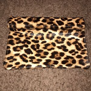 Marie Turnor The Wrap Clutch